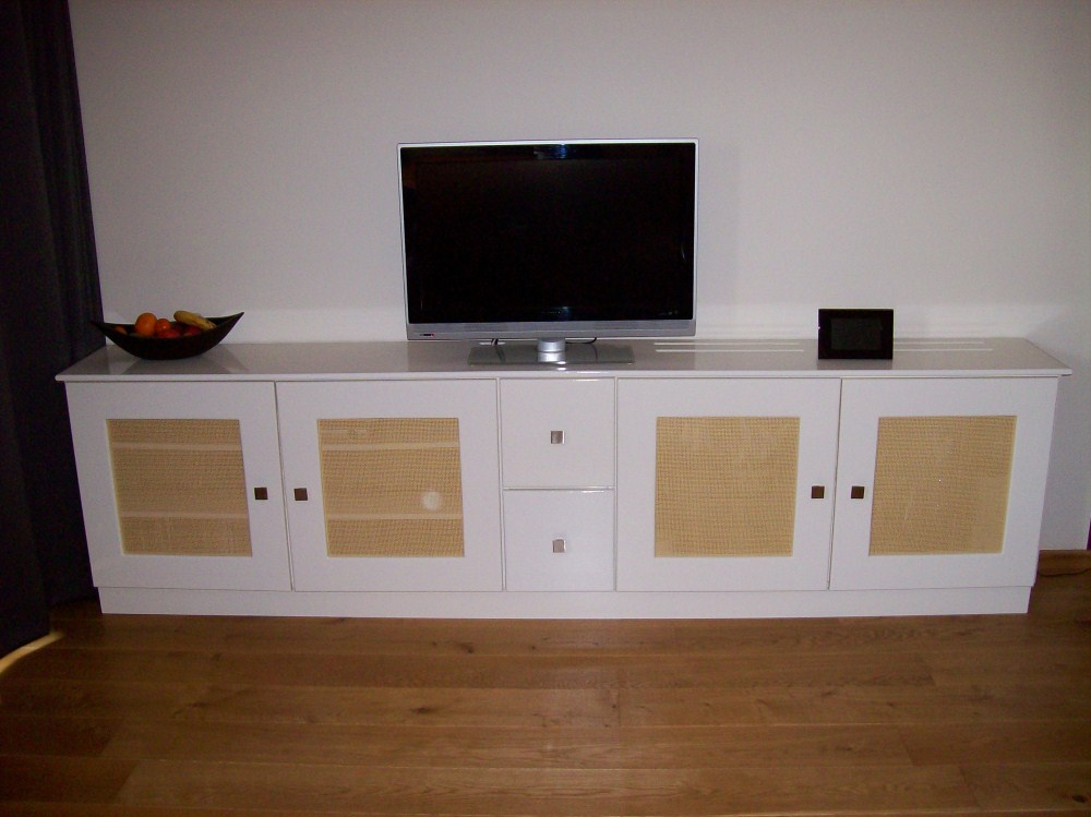 Hout en Fineer » MDF tv-kast/ radiator-cover